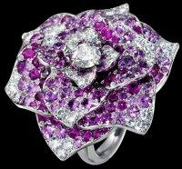 Кольцо с розой от Piaget