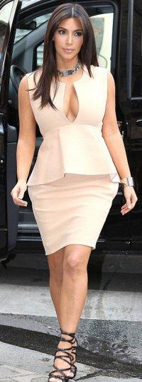 Где одевается Ким Кардашьян?