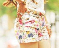 Стильные летние шорты с цветочным узором