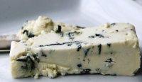 Закуски к вину: сыр Рокфор