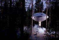 Необычные гостиницы: шведский отель на дереве