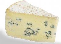 Закуски к вину:  сыр Блё де Бресс