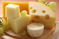 Хитрости хозяек: как хранить сыр