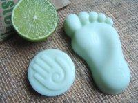Уход за ногами: очищение