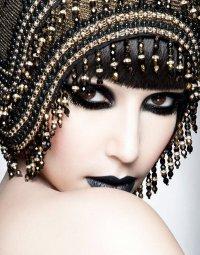 Как сделать готический макияж: губы