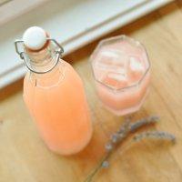 Персиковая сода с лавандой
