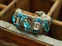 Красивый браслет с камнями своими руками