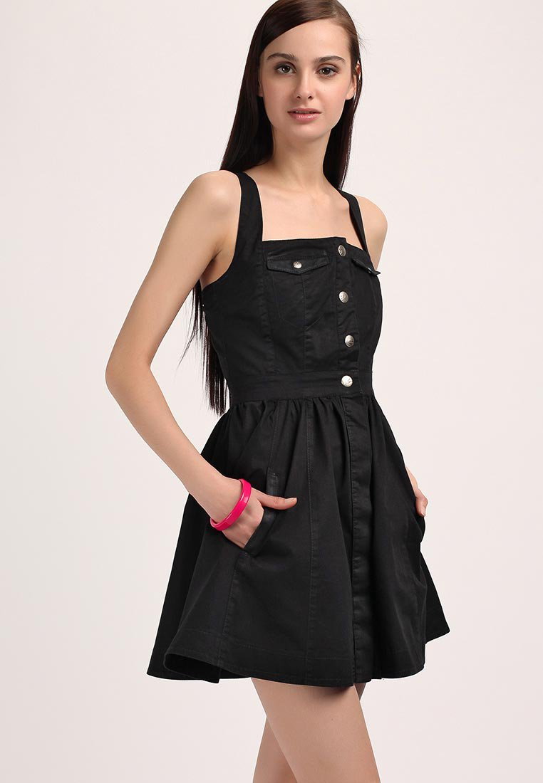 Как гладить платье?