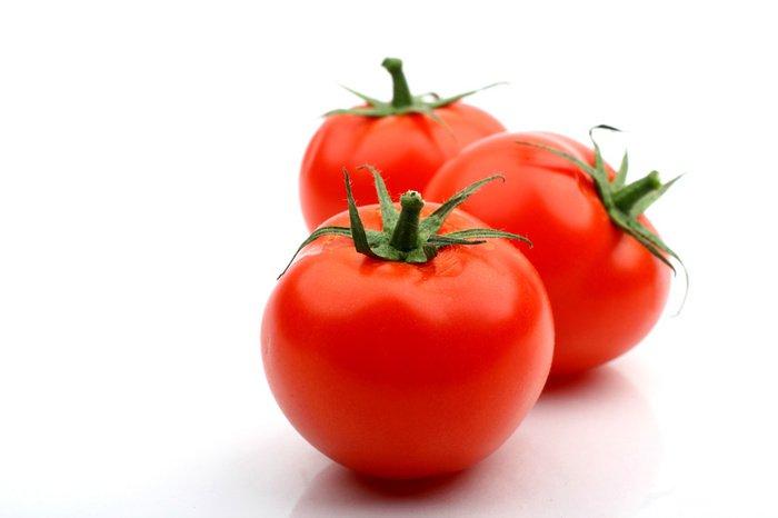 Продукты в паре: томаты и оливковое масло