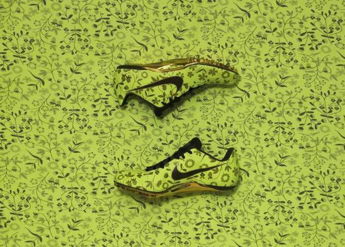 Кроссовки Nike Х Liberty