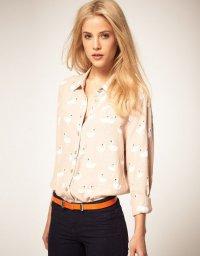 Блузы цвета нюд: блуза с принтом «Белые лебеди»