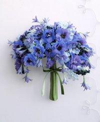 Современный голубой букет