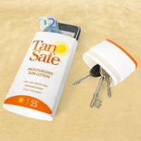 Как обезопасить свои вещи на пляже?