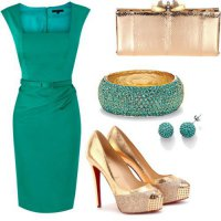 Элегантное платье цвета зеленой сосны