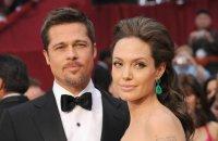 Брэд Питт и Анджелина Джоли выбрали обручальные кольца