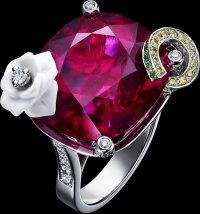 Коктейльные кольца Piaget:  Сладкая роза