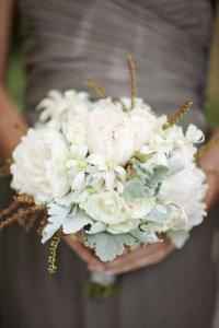 Букет невесты из белых цветов