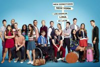 Постеры 4 сезона Glee: общее фото каста