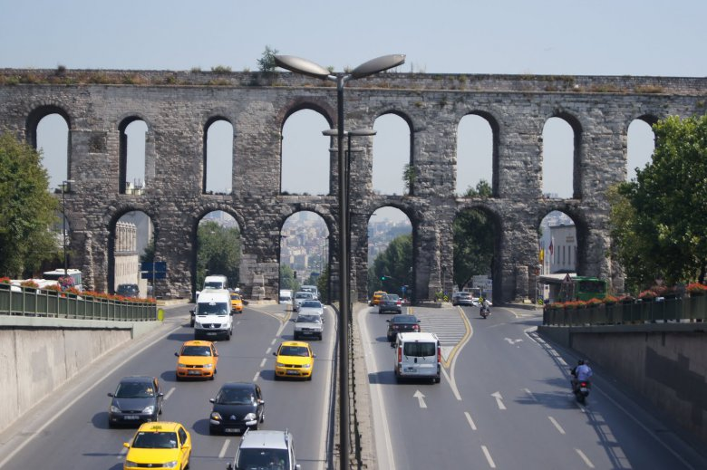 5 самых захватывающих акведуков: акведук Валента