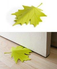 Дизайнерские стопперы под двери в виде листочков клена
