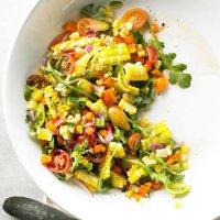 Салат со свежей кукурузой
