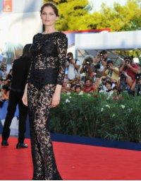 Летиция Каста на 69-м Венецианском кинофестивале