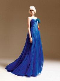 Кобальтовое платье от Versace