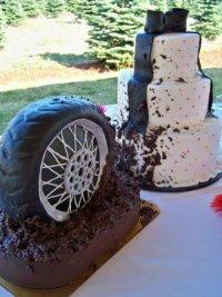 Свадебный торт с колесом