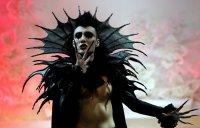 Фрик-мода на подиумах: граф Дракула