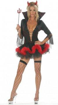 Какой выбрать эротический костюм? Дьяволица
