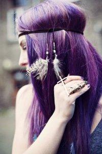 Фиолетовые волосы: креативное окрашивание