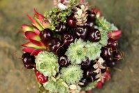 Букет невесты из овощей: черешня