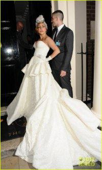 Леги Гага в свадебном платье на афтепати по случаю окончания Паралимпийских игр