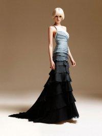 Черное платье с эффектом омбре