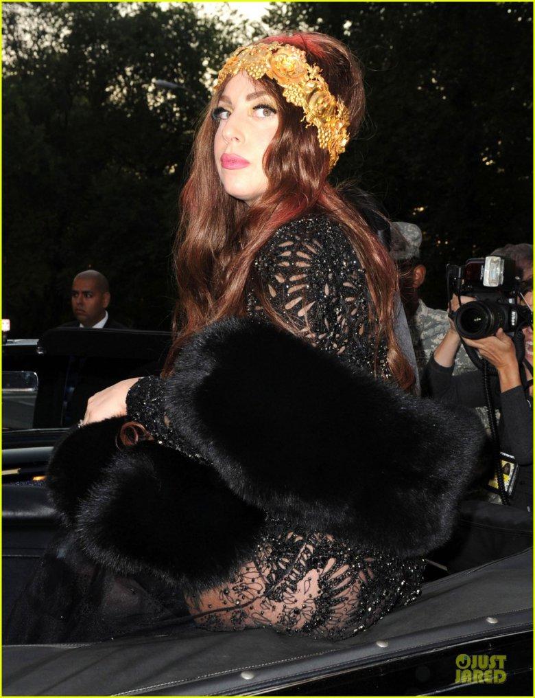 Леди Гага на вечеринке по случаю запуска ее парфюма Fame