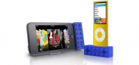 Необычные аксессуары для iPhone: Building brick speakers