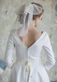 Вуаль невесты в горошек