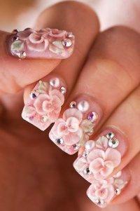 Нейл-арт: красивая лепка на ногтях