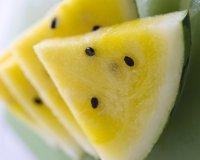 Самые необычные продукты: желтый арбуз