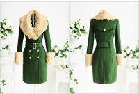Теплое пальто зеленого цвета