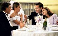 Как молодоженам не напиться на свадьбе