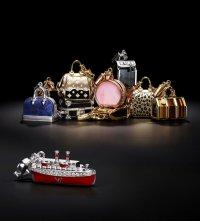 Коллекция подвесок Louis Vuitton для прекрасных путешественниц