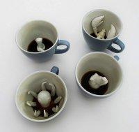 Идеи для Хэллоуина: креативные чашки Creature Cups от Yumi-Yumi
