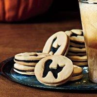 Блюда на Хэллоуин: печенье с черной кошкой