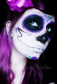 Макияж на Хэллоуин: фиолетовый череп