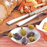 Блюда на Хэллоуин: паучки из оливок