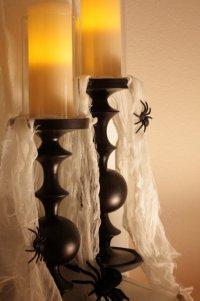 Идея для украшения дома свечами на Хэллоуин