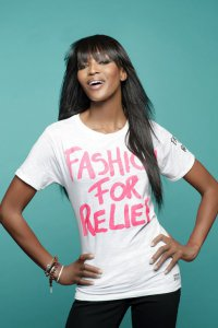 Наоми Кэмпбелл в кампании Fashion for Relief