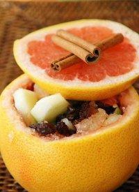Фруктовый салат с грейпфрутом в... грейпфруте!