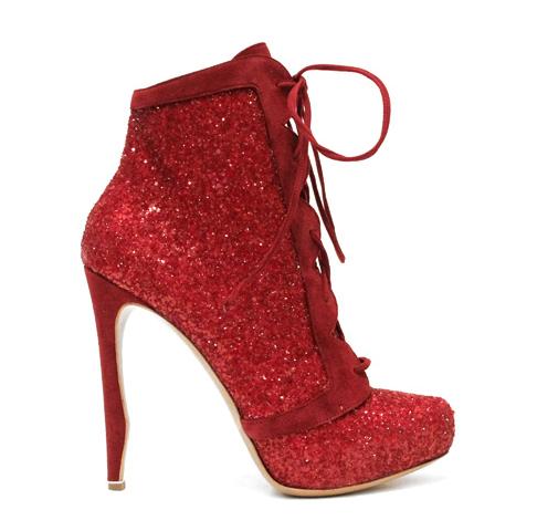 Николас Кирквуд создал коллекцию обуви для Victoria`s Secret Fashion Show